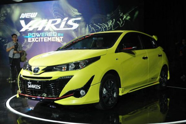 PAKET KREDIT TOYOTA YARIS NOVEMBER 2018 DP MURAH
