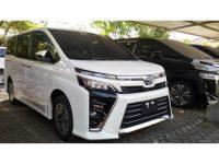 Toyota Voxy 2019 harga warna Hitam