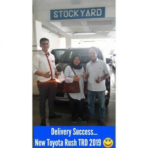 Toyota RUSH TRD Sportivo 2019 Warna Hitam Auto2000 Radio dalam